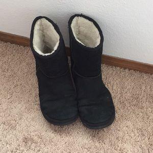 Short Black Boots Size 8